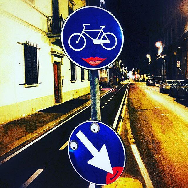 Cute! (Florence street art by Clet)  #streetart #florence #Firenze #italy #italia #trafficsign #cletabraham #clet